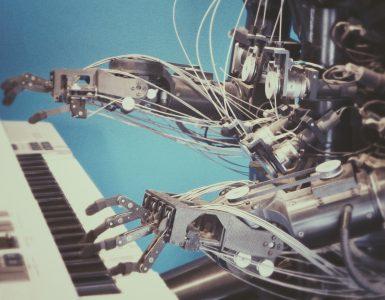 robot-typing